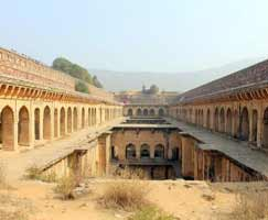 Tour Package In Neemrana